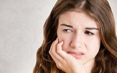 Trápí vás záněty dutiny ústní? Kyslík a mořská sůl pomohou!